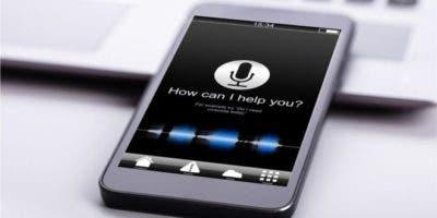 Muchas personas piensan que sus teléfonos les escuchan.