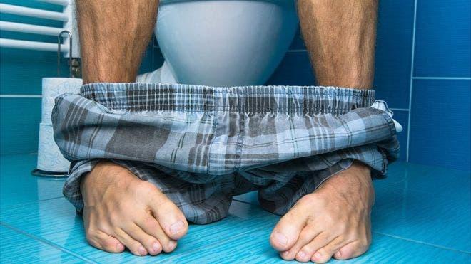 En promedio, pasamos seis meses de nuestras vidas sentados en un inodoro.