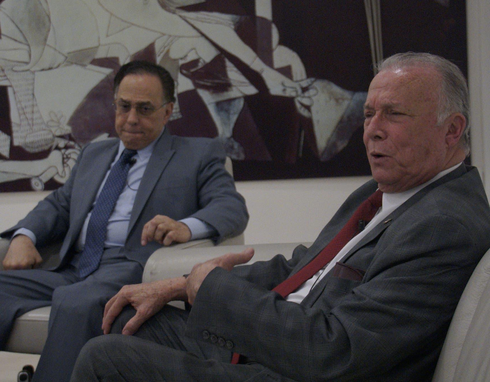 Celso Marranzini y Arturo Pérez Gaviño durante su participación  en el Almuerzo Semanal del Grupo Corripio. Elieser Tapia