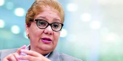 Mayra Melo, directora de la Asociación Instituto  Dominicano de Cardiología al participar de los Coloquios de     EL DÍA.    Elieser Tapia