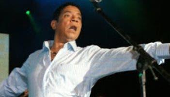 El merenguero Bobby Rafael.
