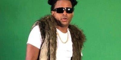El cantante urbano NFasis empuja su carrera musical.