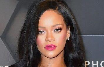 Rihanna firma un millonario contrato