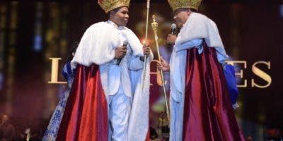 """Raymond Pozo y Miguel Céspedes, conocidos como """"Los reyes del humor"""", presentaron un show que fue del agrado de los asistentes .  fuente externa"""