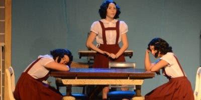 "Una escena de la obra ""Ana Frank, el diario""."