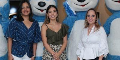 Elizabeth Muñoz, Gabriela Argüello, Adriana Navarro.
