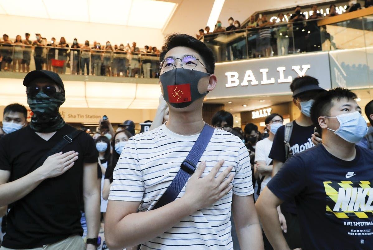 Los manifestantes de Hong Kong volvieron a tomar varios centros comerciales. ap
