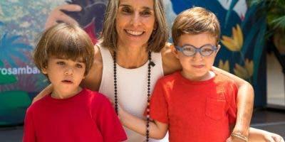 Nelia Barletta y sus nietos Gaetano Anselin y Lorenzo Vassallo.