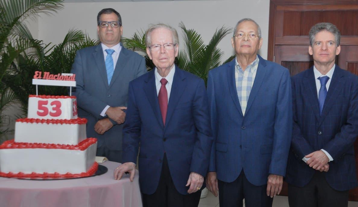 Carlos Gómez, José Luis Corripio Estrada, Bolívar Díaz Gómez y José Alfredo Corripio, durante la celebración del 53.º aniversario. ARLENIS CASTILLO.
