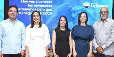 Gustavo Zuluaga, Yesenia Tapia, Elizabeth Mena, María Victoria Rodríguez y Francisco Melo.
