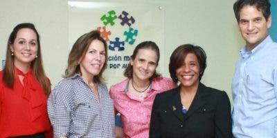 Michelle Delance, Maria Esther Valiente, Maribel López, Odile Villavizar y Oscar Villanueva.