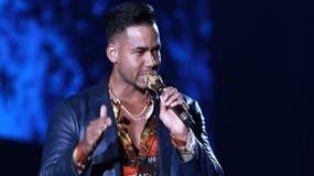 """Romeo Santos se corona de nuevo como """"El Rey de la bachata""""."""