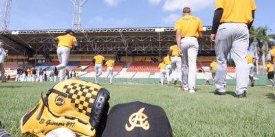 Un total de 42 jugadores dijo presente en el primer día de entrenamientos de las Águilas Cibaeñas.  fuente externa