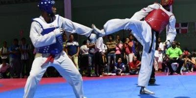 La acción durante una pelea en los Juegos Universtiarios.