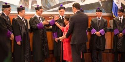 Henry Molina, presidente de la Suprema Corte de Justicia, en la audiencia solemne de juramentación de nuevos abogados.