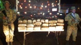 La droga decomisada fue presentada ayer por el Ejército.