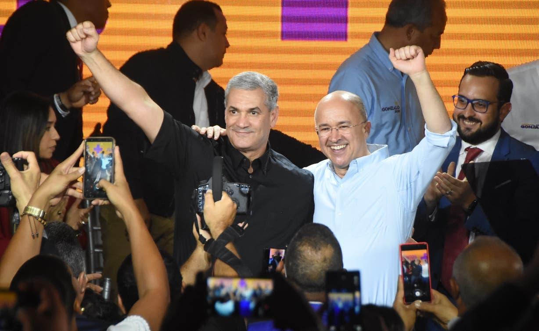 Domínguez Brito y Gonzalo Castillo se comprometieron a trabajar juntos.  ALBERTO CALVO