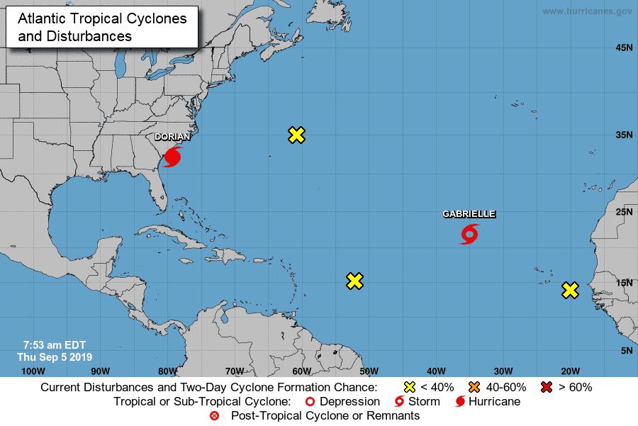 Dorian recupera la categoría 3 y roza la costa de EEUU