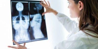 El de pecho es el cáncer más frecuente en las mujeres y afecta globalmente a 2,1 millones de mujeres por año, según la Organización Mundial de la Salud.
