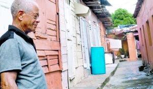 Las cuarterías son testigo del hacinamiento en San Carlos.
