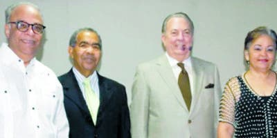 José Rivera Damirón, Oscar López Reyes, Eduardo Selman y Luisa Rivera Damirón.