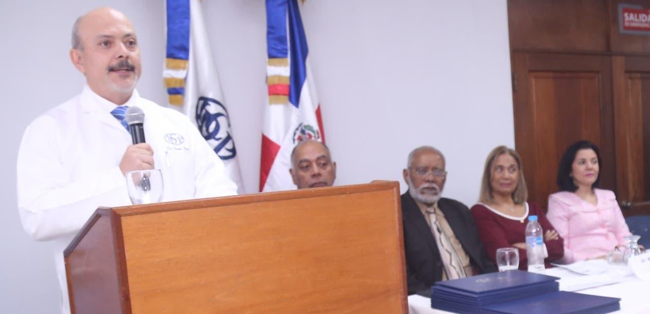 Víctor Pou Soares, director del IDCP, al ofrecer las palabras centrales del acto. Fuente externa