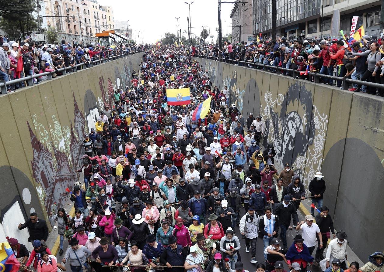 Los indígenas y sindicalistas desafían gobierno de Ecuador