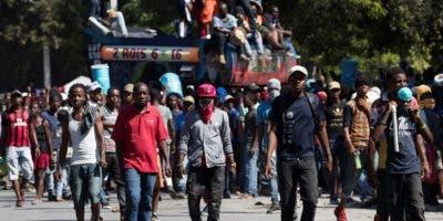 Las movilizaciones contra Jovenel Moise han continuado a pesar de que  hay gasolina en el país.