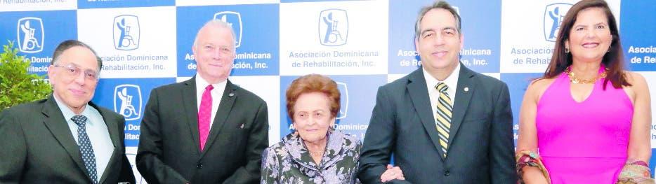 Celso Marranzini, Arturo Pérez Gaviño, Mary Pérez viuda Marranzzni, Eduardo Tolentino  y Sonia Villanueva.