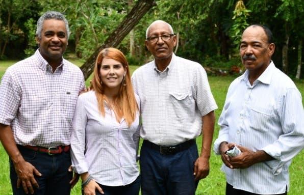 Joel Santos, Carmen Ligia Barceló, Máximo Mercedes y Julio A Cadet.