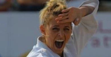 María Dimitrova da al país otra medalla en karate.