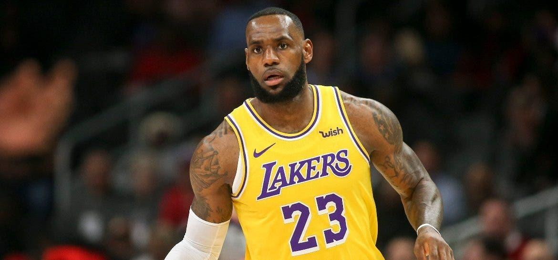 Lakers pierden condición de favoritos; Clippers la ganan; Bucks se mantienen