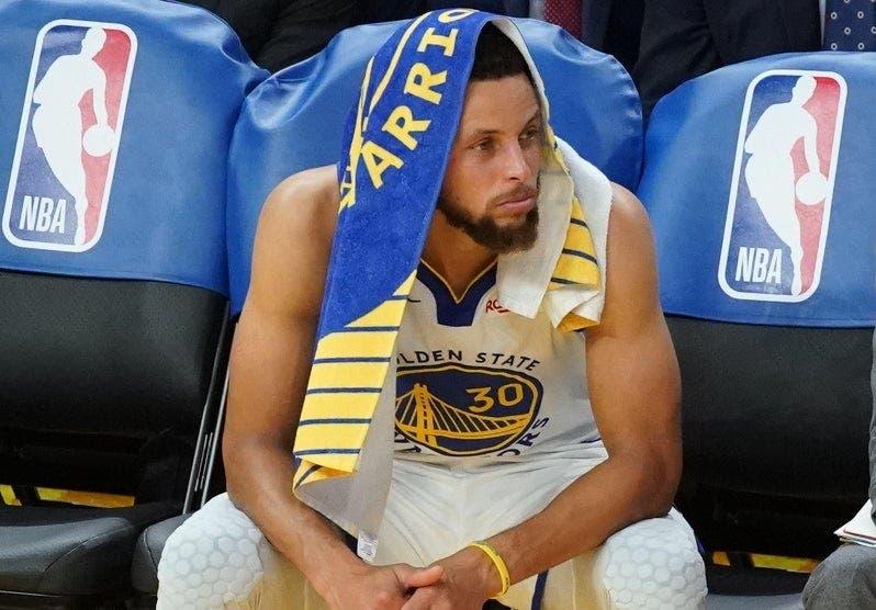 Lesión de Curry es  baja   para los Warriors