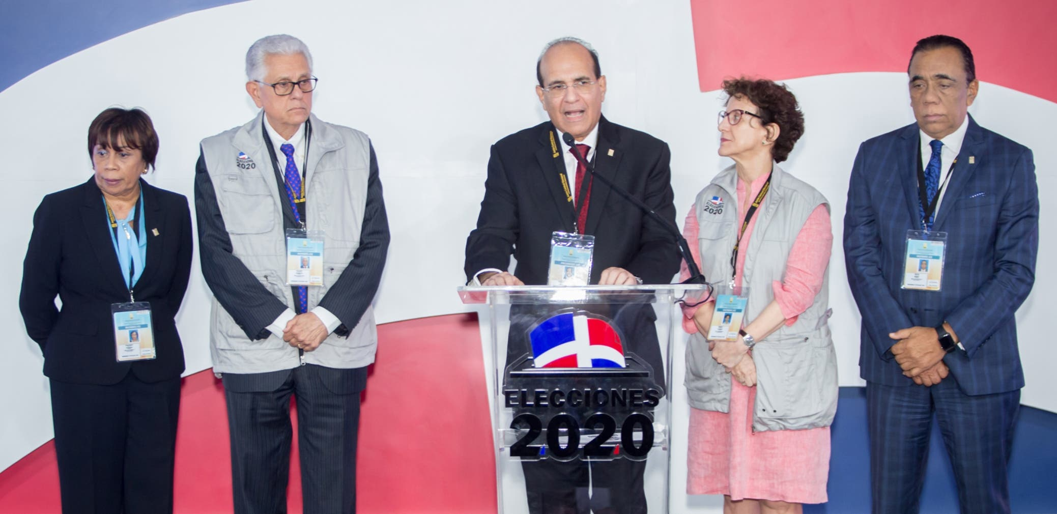 El Pleno de la Junta Central Electoral mantuvo permanente orientación a la población sobre las votaciones del PLD y del PRM.   Ana Mármol