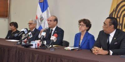 Presidente de la Junta Central Electoral ofrece declaraciones sobre incendio en almacenes en el mes de julio.
