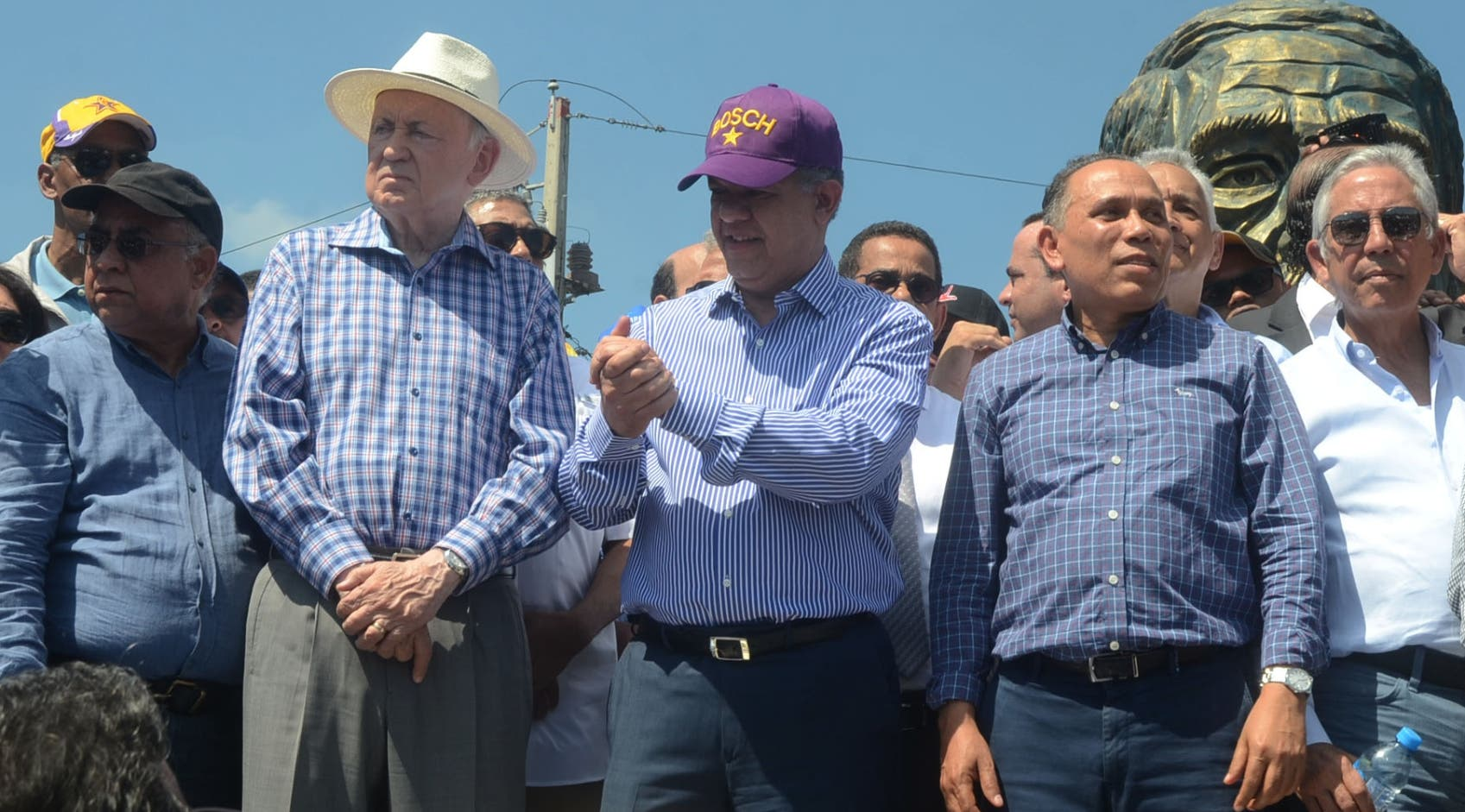 El expresidente Leonel Fernández aseguró que su lucha no es por la candidatura presidencial.  JOSÉ DE LEÓN