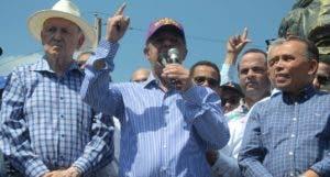 Leonel Fernández prometió extender su lucha a todos los rincones del país.  José de León