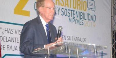 José Luis Corripio Estrada en su disertación  en Bonao.