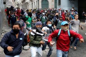 Pese a las protestas, Moreno dijo la víspera que no ha pensado en renunciar a su cargo.