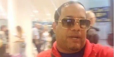 Héctor Acosta grabó varios videos de la situación en el aeropuerto.