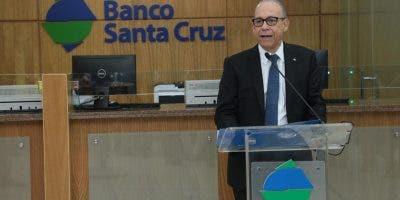Fausto Pimentel,presidente de Banco Santa Cruz.
