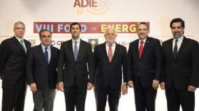 Luis Rafael Pellerano,  Celso Juan Marranzini, Roberto Herrera, Victor Urritia, Cesar Prieto y Manuel Cabral