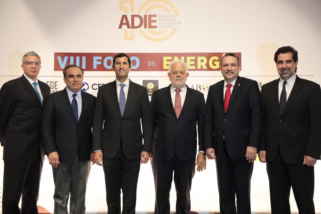 La planificación participativa es clave  para el desarrollo eléctrico del país