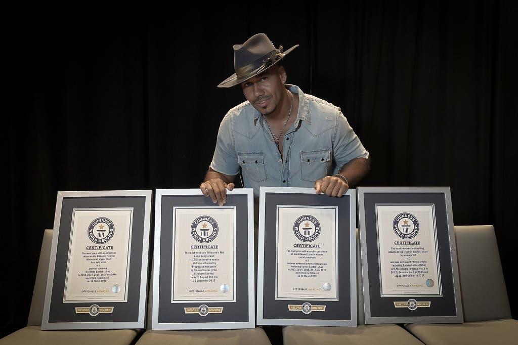 Cuáles son los cuatro récords Guinness que logró Romeo Santos por la venta de álbumes tropicales