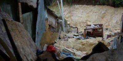 La extracción de ámbar se realiza de forma artesanal en El Valle, municipio considerado la Capital del Ámbar en el Caribe, y en esa actividad más de 10 obreros han fallecidos en los últimos dos años al quedar atrapados o sepultados en minas.