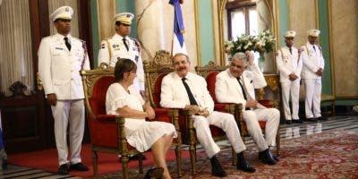 El presidente Danilo Medina recibió hoy las cartas credenciales de seis nuevos embajadores.