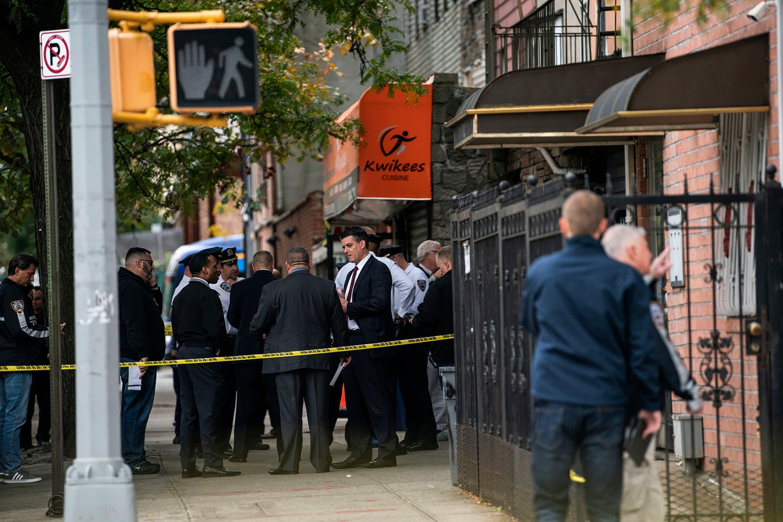 La Policía investiga la escena de un tiroteo en el distrito de Brooklyn de Nueva York  AP.