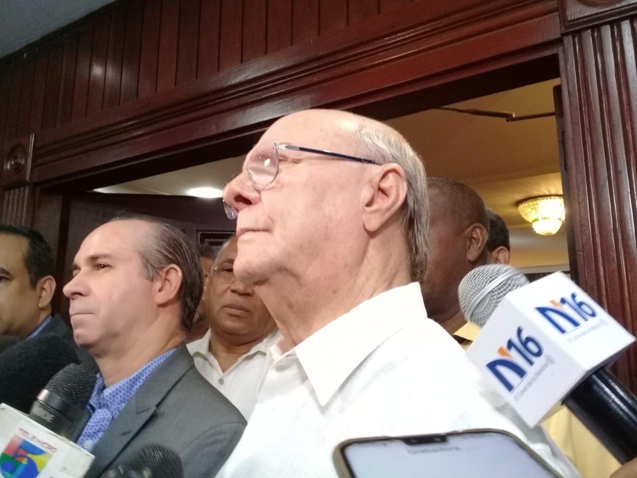 Hipólito afirma JCE es la encargada de montar las elecciones y no los partidos
