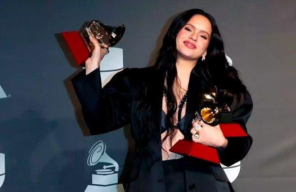 Rosalía gana tres Latin Grammy que incluyen álbum del año