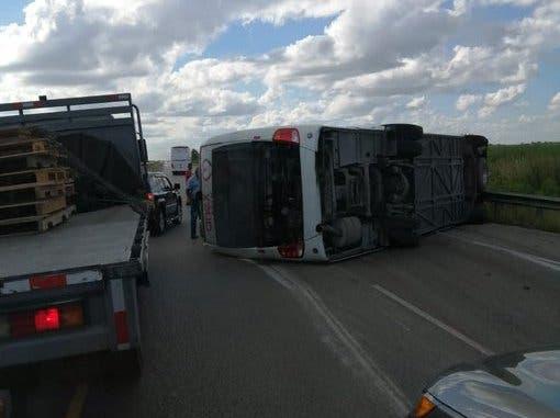 Quince heridos en accidente en la Autovía del Coral están en estado crítico